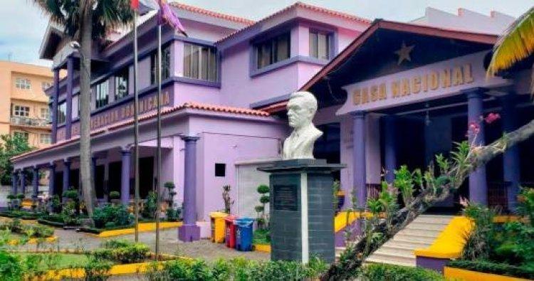 El PLD afirma que Juan Bosch creó la Constitución más completa