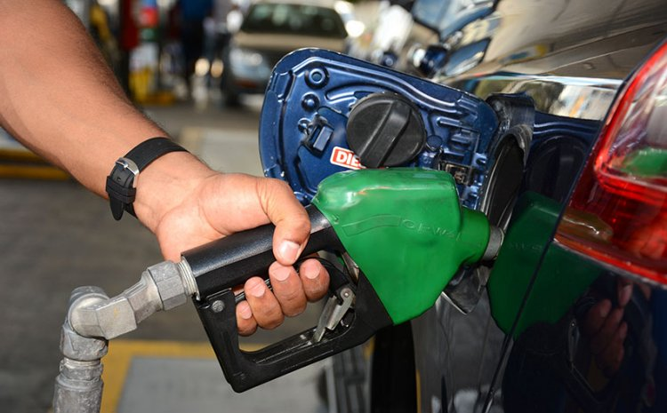 Desde este sábado suben precios combustibles entre $3.50 y 15.70