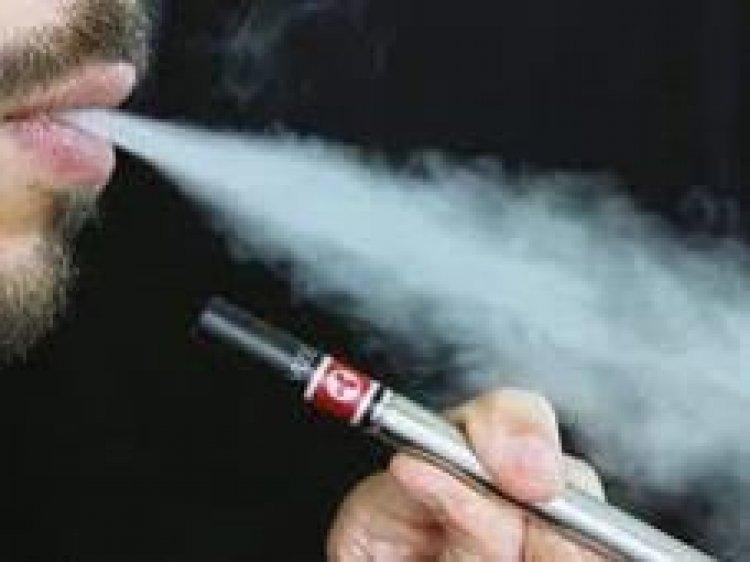 EEUU aprueba cigarrillos electrónicos que ve beneficiosos para dejar de fumar